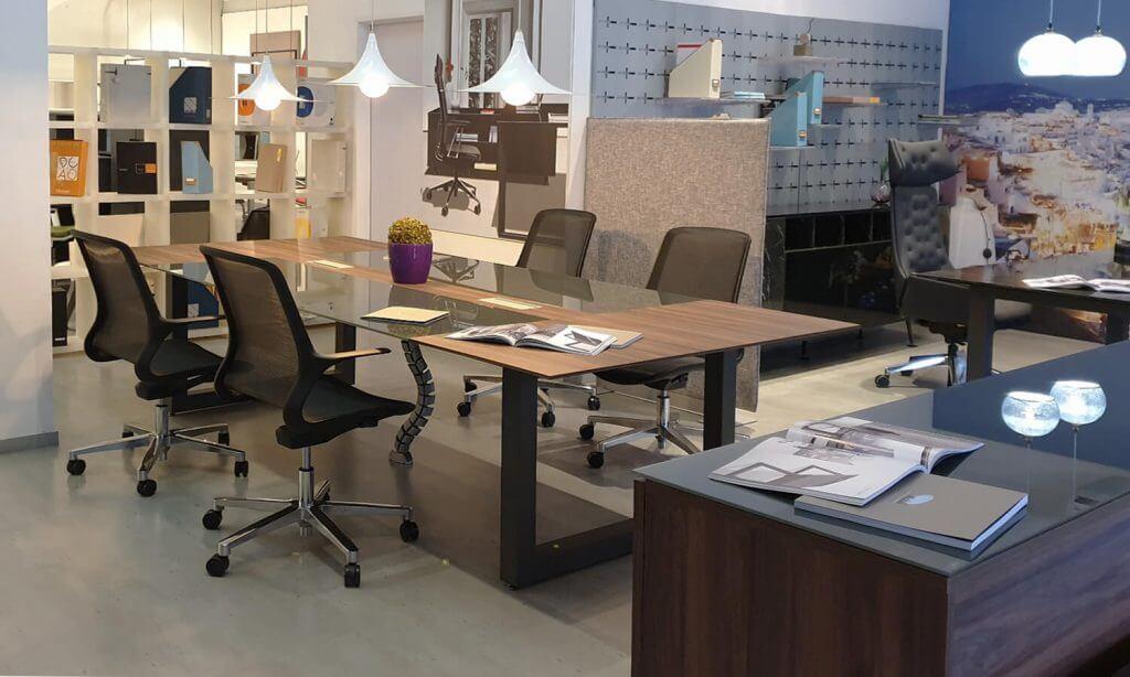 Showroom/Sala de exposiciones Spazio Mobili